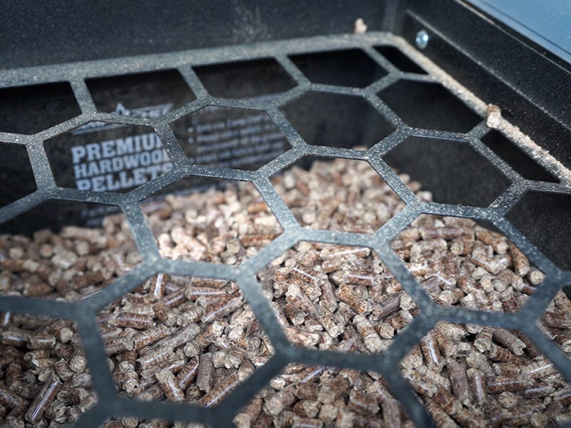 What are the Best Wood Pellets for Smoking Meat?